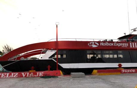 Die Fähre des Unternehmens Holbox Express zwischen Chiquilla und Isla Holbox, Mexiko