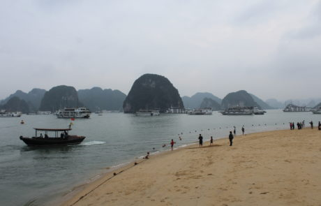 Vang Trang Beach auf Dao Ti Top, Ti Top Island in der Ha-Long-Bay in Vietnam