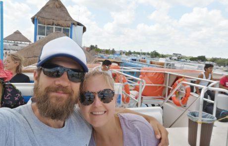 Auf dem Deck der Fähre von Chiquilla nach Isla Holbox, Mexiko