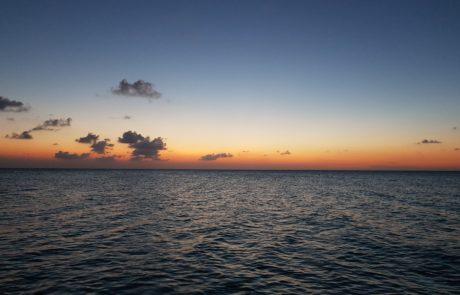 Das Meer auf Isla Holbox kurz nach dem Sonnenuntergang